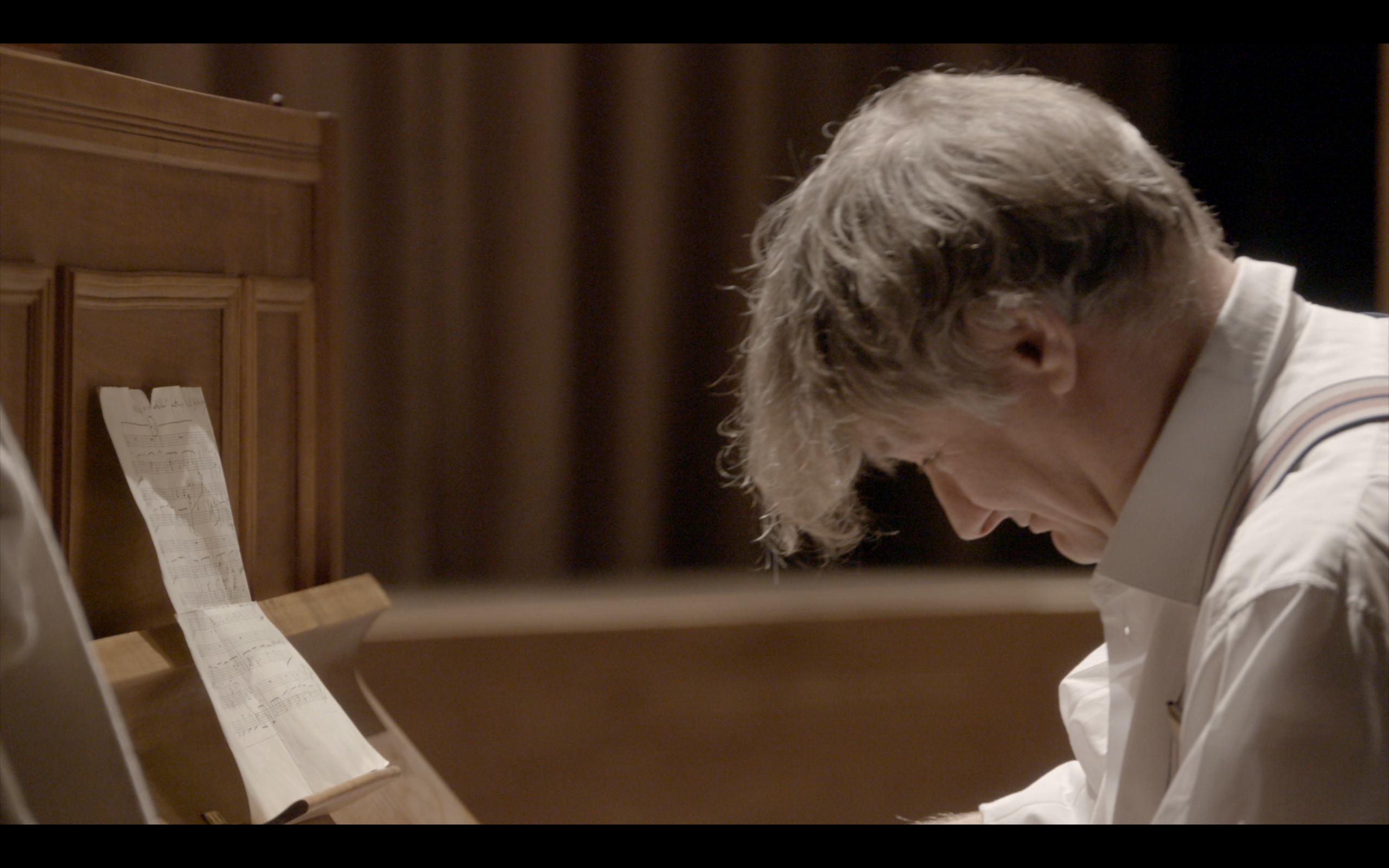 Kriss-piano-1